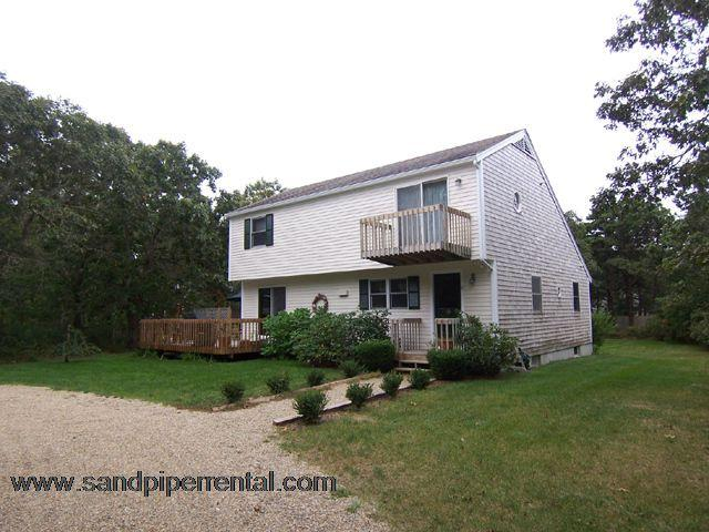 #565 Offers all you need for a wonderful Vineyard Vacation - Image 1 - Edgartown - rentals