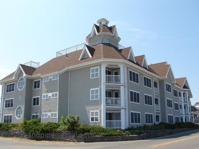#8075 Two BR/Bath Beachfront Condo In Oak Bluffs - Image 1 - Oak Bluffs - rentals