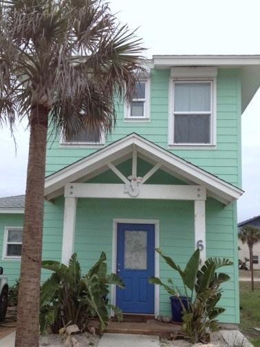 Relaxed vibe, walk to the beach - Sandcastle Beach Cottage - Port Aransas - rentals