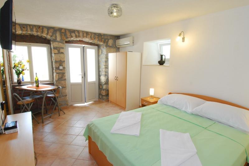 Apartment in centar - Lamija - Image 1 - Dubrovnik - rentals