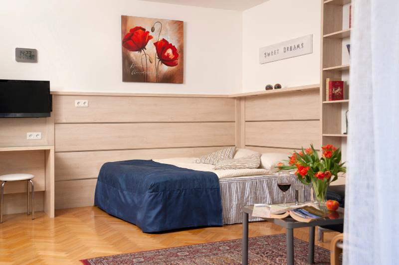 Living - / Bedroom - Comfortable garden studio ApR02 - Vienna - rentals