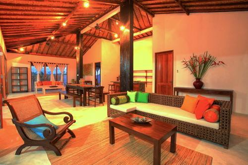 Open plan living and dining area - Iman Villas Real Bali Luxury in Ubud 1 - Ubud - rentals