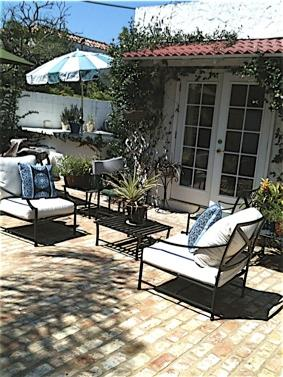 """courtyard view - Tampa """"islands""""  Cottage - Convention Center/Downtown walking distance - Tampa - rentals"""