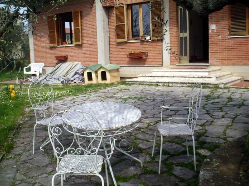 Garden - Wide Apartment Near The Lake - Tuoro sul Trasimeno - rentals