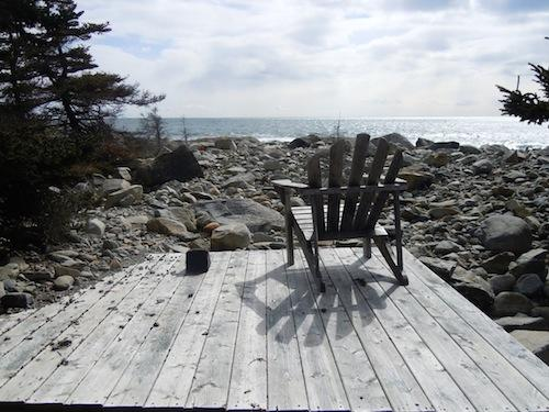 A boardwalk to and a terrace at the ocean - Ocean View Cottage a peacefull place on the ocean - Brooklyn - rentals
