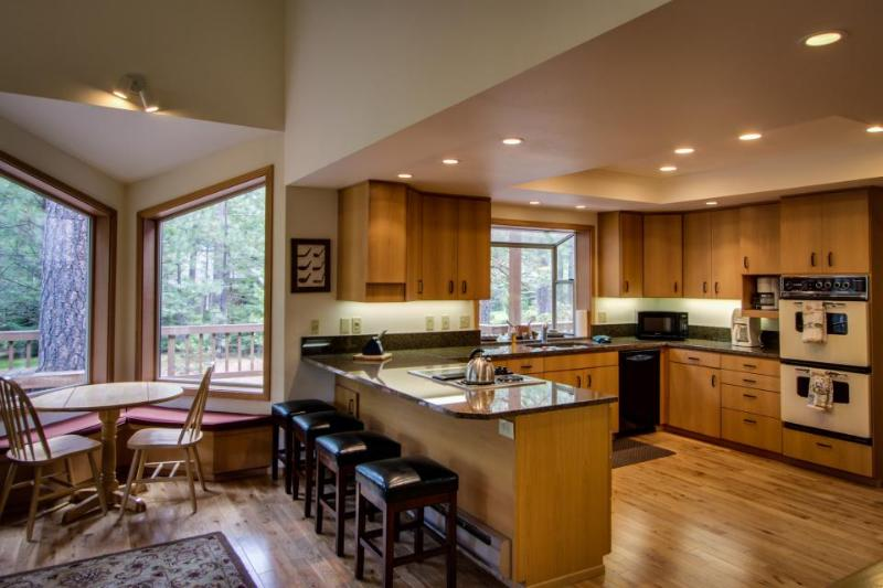 Black Butte Ranch Glaze Meadow Retreat - Image 1 - United States - rentals
