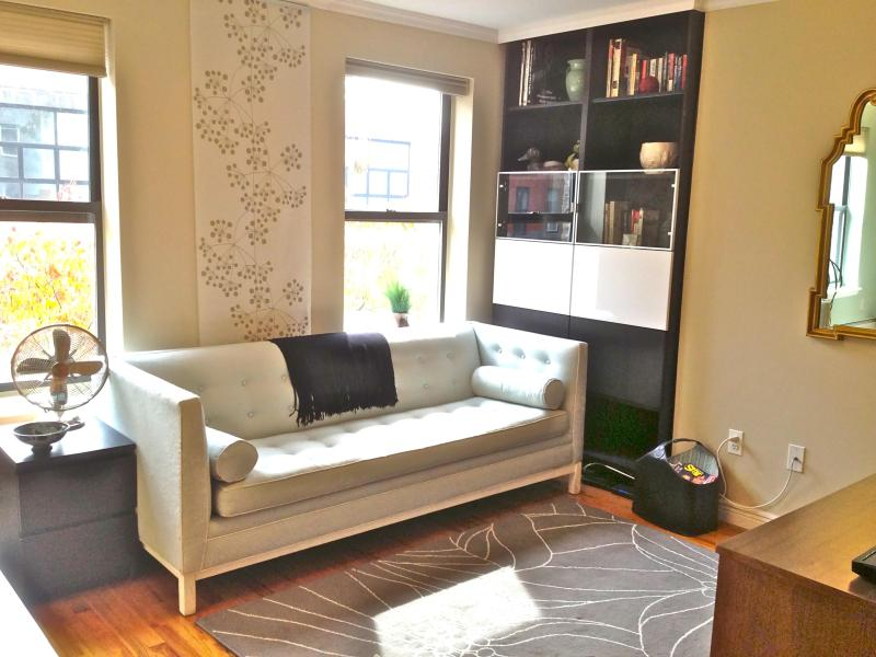 Large Sunny 1BR - Entire 2nd Floor - Image 1 - Brooklyn - rentals