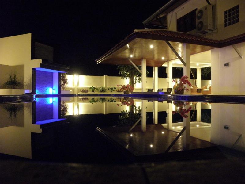 Relax By The Beautiful Pool At Night With It's Waterfall & Colored Lights - Samui Garden Villa 4 BR - Koh Samui - rentals