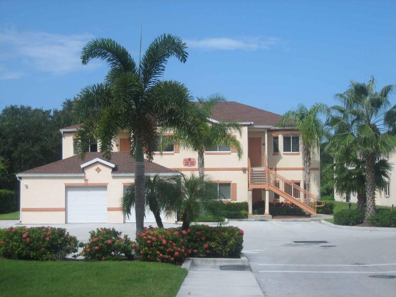 Entrance - Lovely  furnished 2 BR/2 b second floor condo - Sarasota - rentals