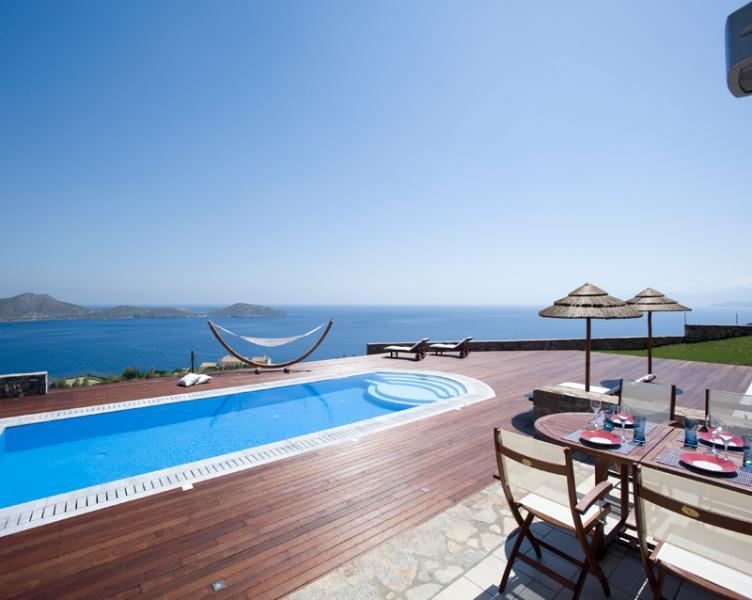4 Bedroom Villa in Elounda - Image 1 - Elounda - rentals