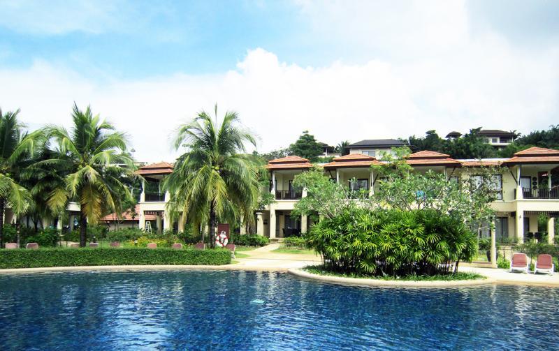Pool side - 2bdrm Phuket Laguna Outrigger Villa - Phuket Town - rentals