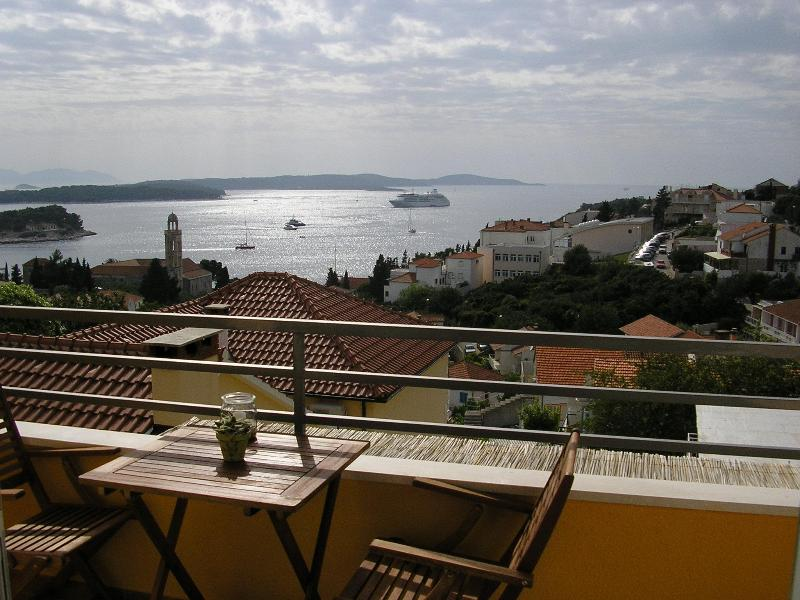 Apartment Flora view - Apartments Novak Ciko | Apt. Flora (2+1) - Hvar - rentals