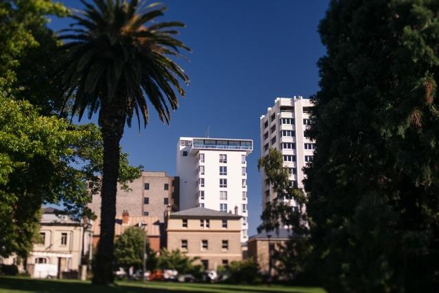 Sitting atop an 8 storey building - Avalon City Retreat penthouse apartment in Hobart - Hobart - rentals