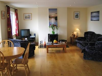 Living room/dining room - EDENCREST HOLIDAY HOME - County Cork - rentals