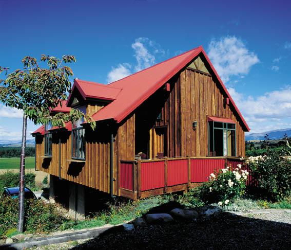 Outside View of Cottage - Bellbird Cottage - Lake Hawea - rentals