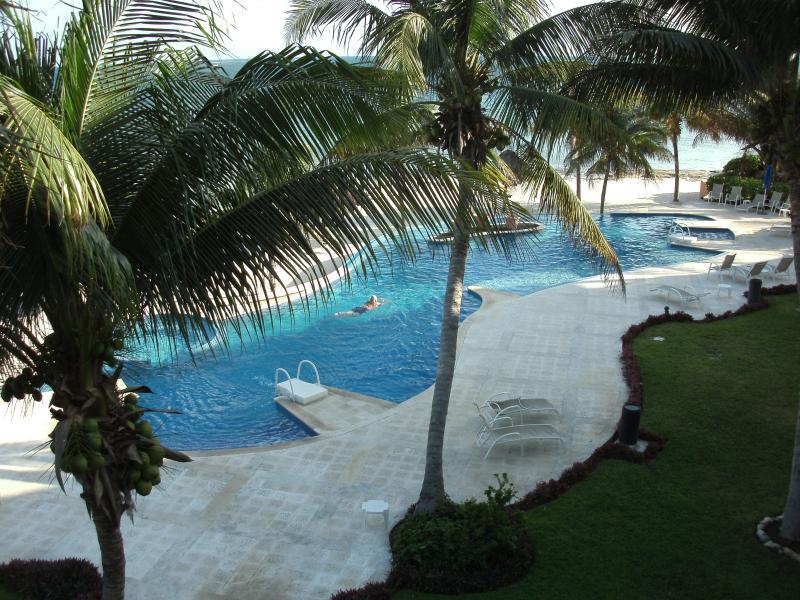 Infinity pool overlooking ocean - Caribbean Reef Villas/largest unit 3 bd. 3 ba. Wow - Puerto Morelos - rentals