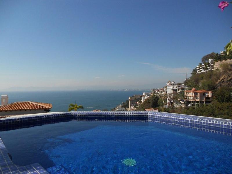 Casa de los Amigos (Private pool/Panoramic views) - Image 1 - Puerto Vallarta - rentals