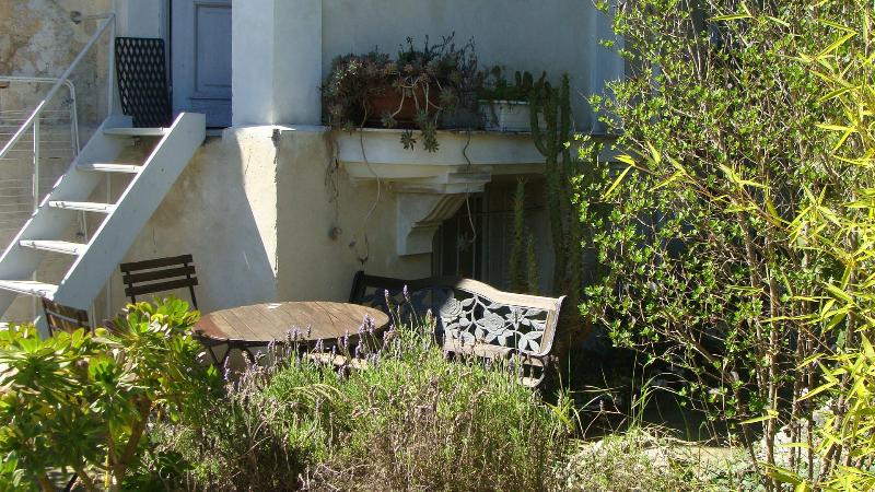 Nice Studio near the Sea with Garden - Image 1 - Nice - rentals