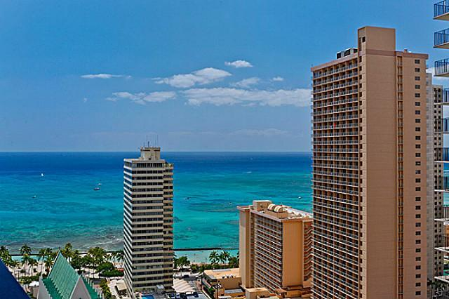View from Lanai! - WAIKIKI BANYAN-Deluxe Ocean View-April OPEN! - Honolulu - rentals