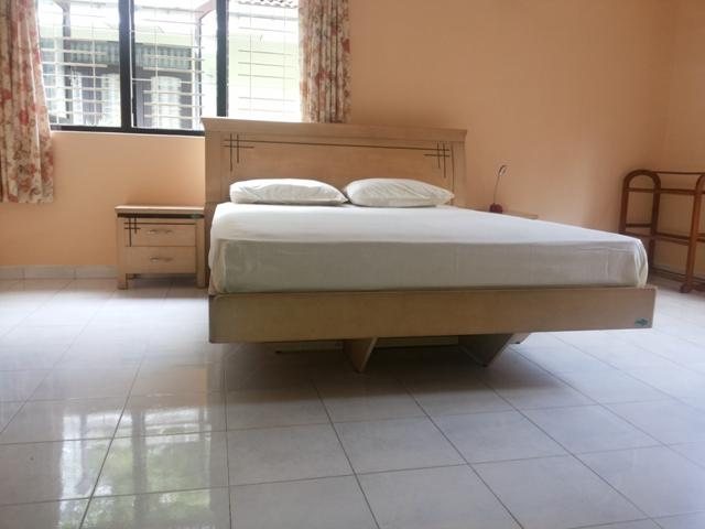 Main bedroom - 2 BR  house Near Colombo airport & negombo beach - Negombo - rentals