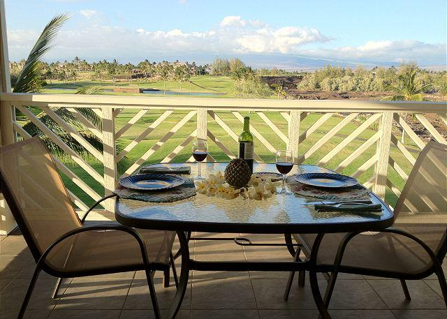 Lanai with fairway to mountain view - Lovely Fairway Villas  Penthouse unit. Mountain views - Waikoloa - rentals