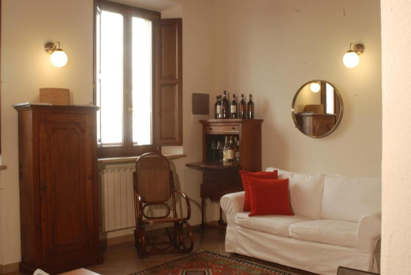 The living room - CasaMontepulciano, In the heart of Montepulciano - Montepulciano - rentals