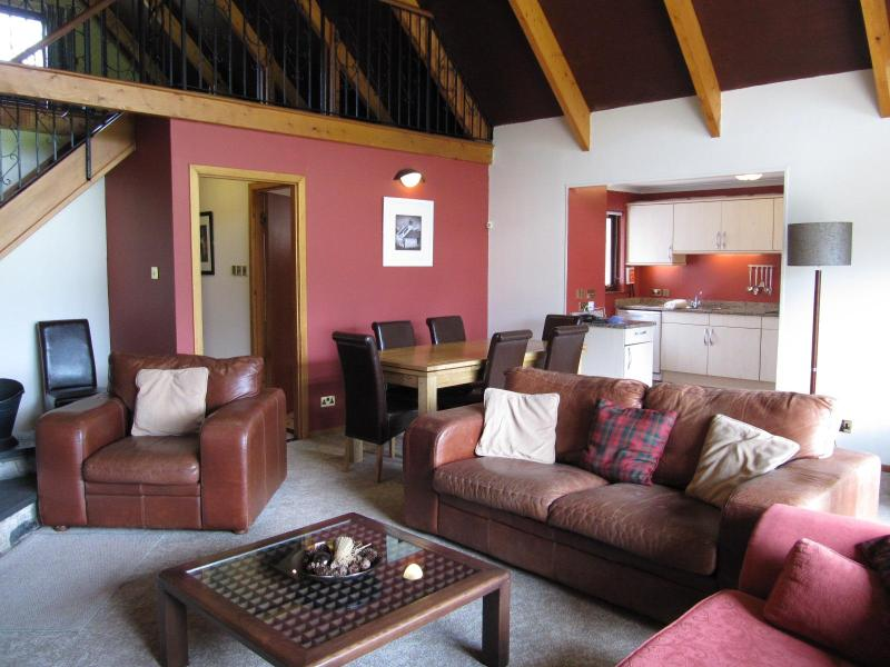 Lounge - 4 Bedroomed Family Villa, Great for Family Breaks - Kilconquhar - rentals