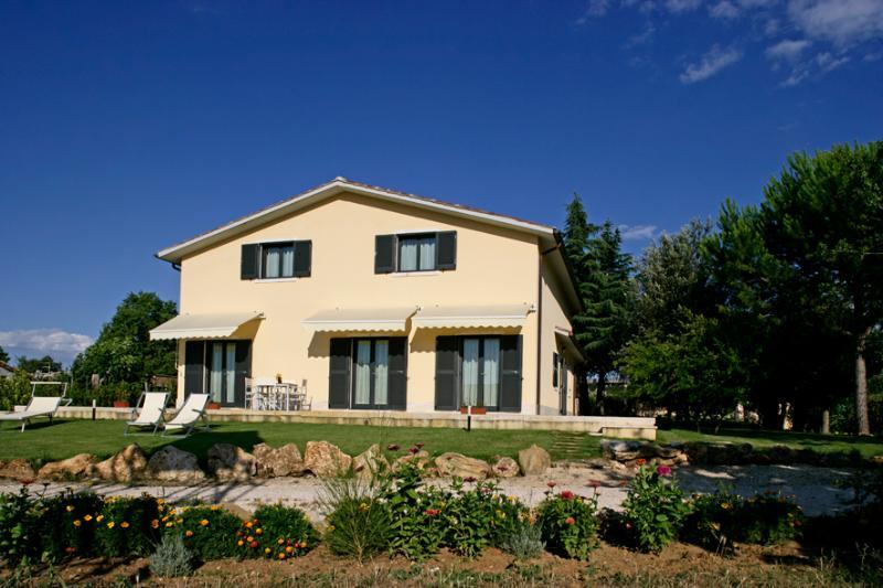 behind - Waterfall,  SPA and golf resort of Saturnia 2,5 km - Manciano - rentals