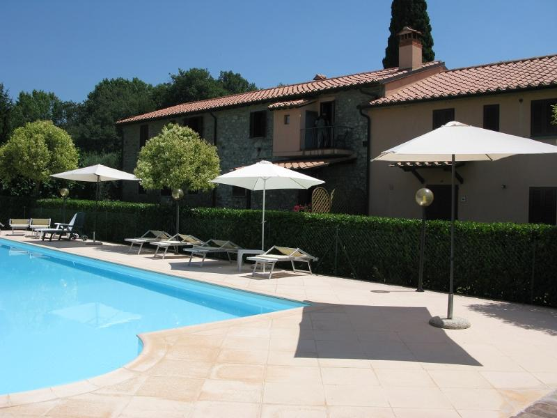 Swimming pool - Apartment 2 bed/1bath - agriturismo Residenze San - Passignano Sul Trasimeno - rentals
