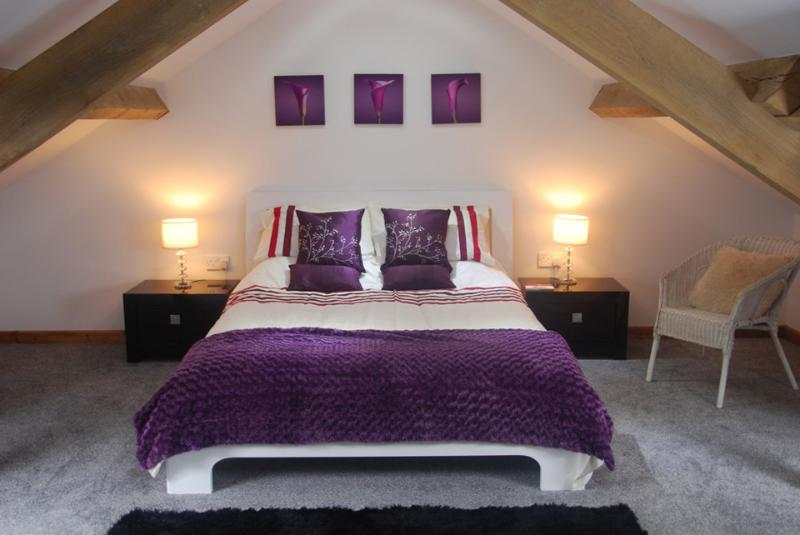 Master Bedroom - Luxury 5* barn with 35 acres of National Park land - Llandeilo - rentals