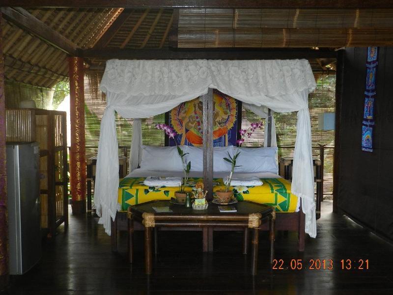 King Bed - Ocean Front B&B Villa - Karangasem - rentals