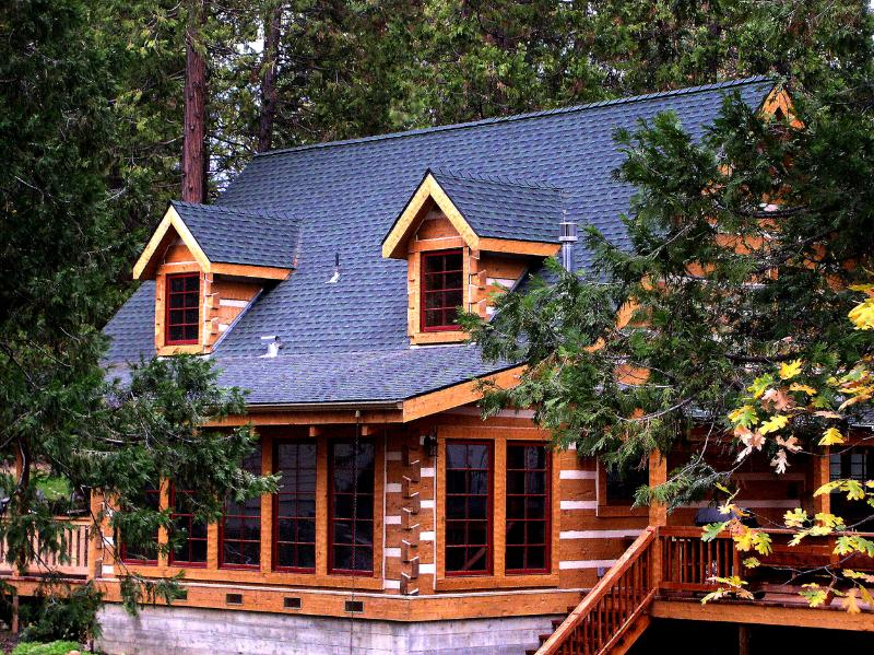 Welcome to the Mount's Bass Lake Log Cabin - The Mount's Bass Lake Log Cabin with WIFI - Bass Lake - rentals