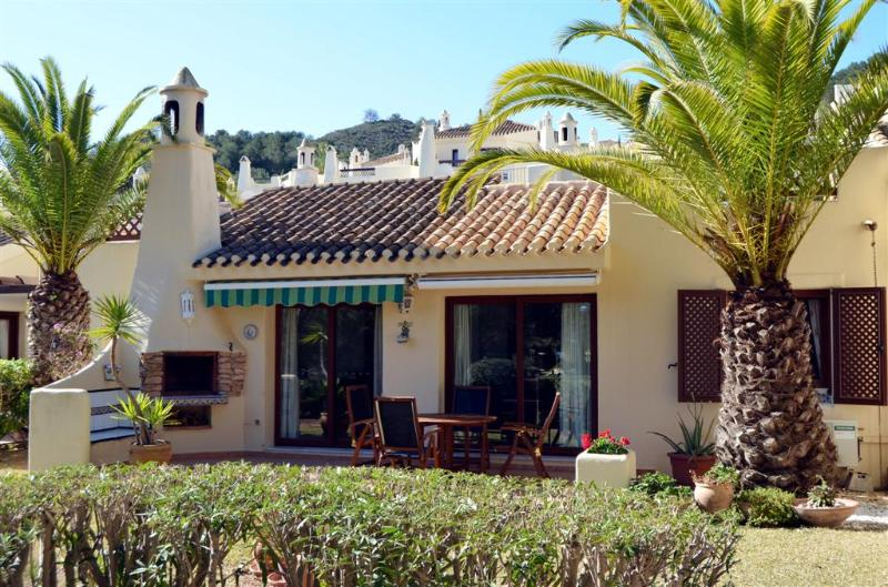 Close to Pool - Great Location - Free WiFi - English and Spanish TV - 3508 - Image 1 - Los Belones - rentals