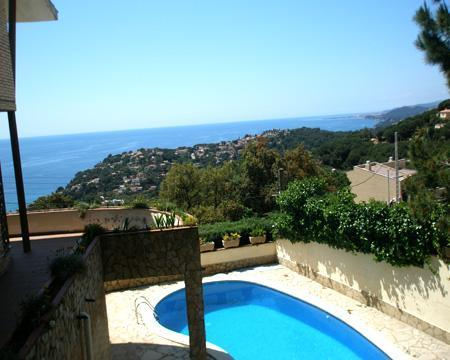 6 bedroom Villa in Lloret de Mar, Costa Brava, Spain : ref 2209555 - Image 1 - Lloret de Mar - rentals