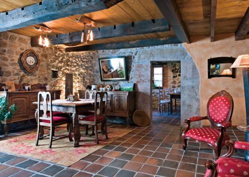 Salon - La Portiella del Llosu,  Cabrales, Picos de Europa - Pandiello - rentals