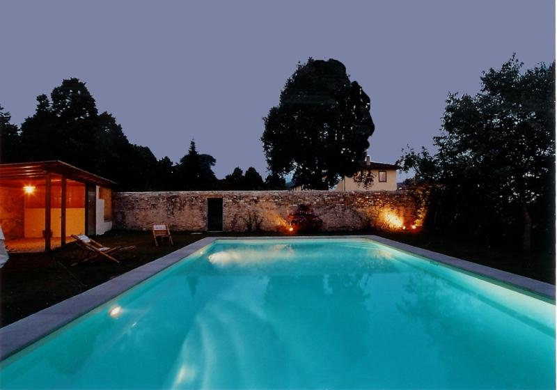 Night light Swimming Pool - Villa Rovezzano Vacation Rentals in Florence - Florence - rentals