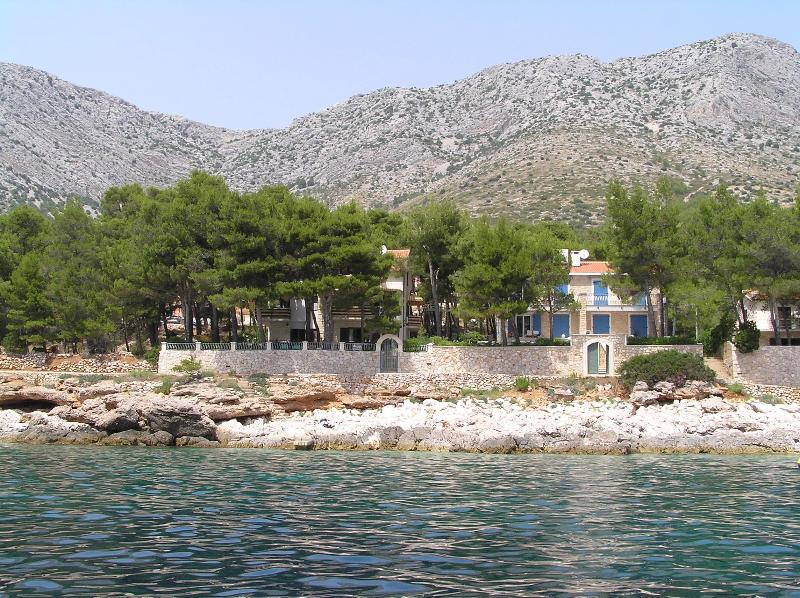 the distance of 15 m from the sea - A5 - Image 1 - Island Hvar - rentals