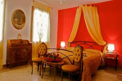ID 1804 Romantic 2 br flat in Venice with terrace - Image 1 - Venice - rentals