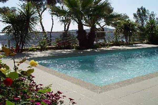 Ocean and pool views from this modern Italian villa. AZR 257 - Image 1 - Théoule sur Mer - rentals