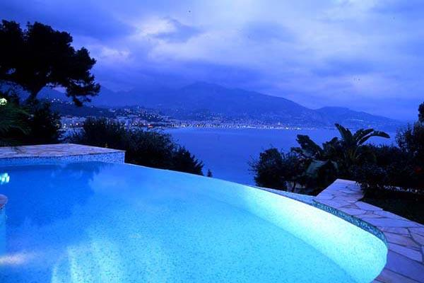 Ocean views at Roquebrune Cap Martin. AZR 264 - Image 1 - Théoule sur Mer - rentals
