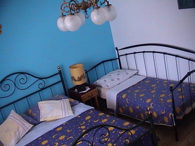 Blue room_Maraska - Apartments Karmela - Unit MARASKA - Grebastica - rentals