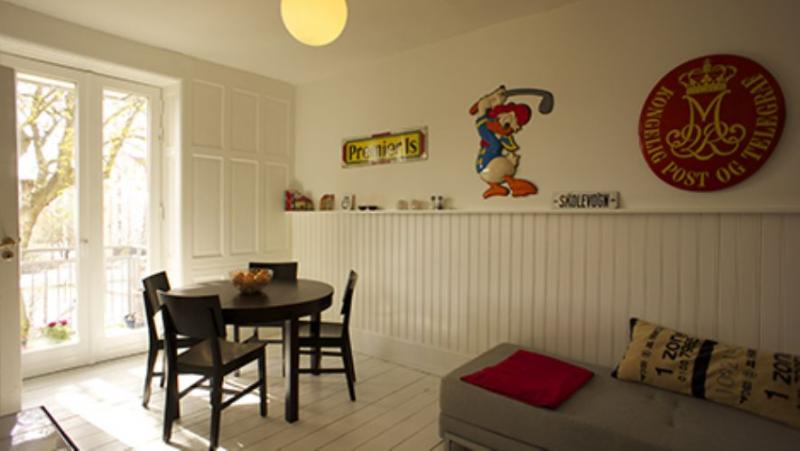 Absalonsgade Apartment - Centrally located Copenhagen apartment near the lakes - Copenhagen - rentals