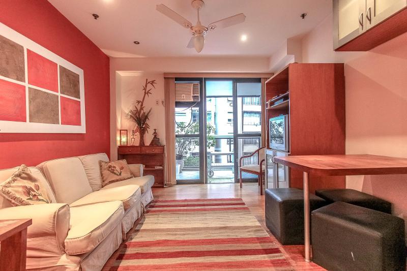 RioBeachRentals - Chic Front Residence - #205B - Image 1 - Rio de Janeiro - rentals