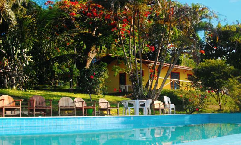 House Chalet & Pool Porto Seguro 2 bedrooms 8-10 p - Image 1 - Porto Seguro - rentals