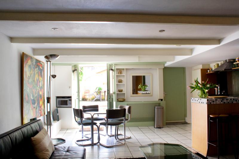 Spacious modern apartment with garden - Image 1 - Amsterdam - rentals