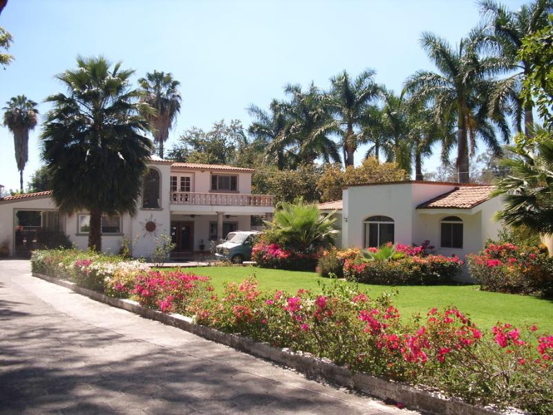 Our property and the common area - Ajijic Condo #1 at Lake Chapala - Ajijic - rentals