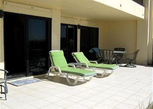 2 Bed 2 Bath Ground Floor Condo, Extra Large Patio on the Beach - Image 1 - Fort Walton Beach - rentals