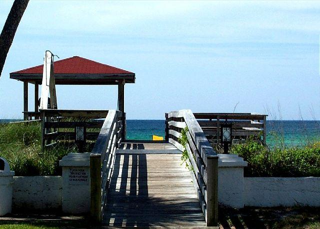 Gateway to the beach - El Matador-Jewel of the Emerald Coast. Need Ground Floor? This is it! Nice. - Fort Walton Beach - rentals