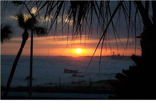 Beautiful Sunset - El Matador-Jewel of the Emerald Coast. Need Ground Floor? This is it! Nice. - Fort Walton Beach - rentals