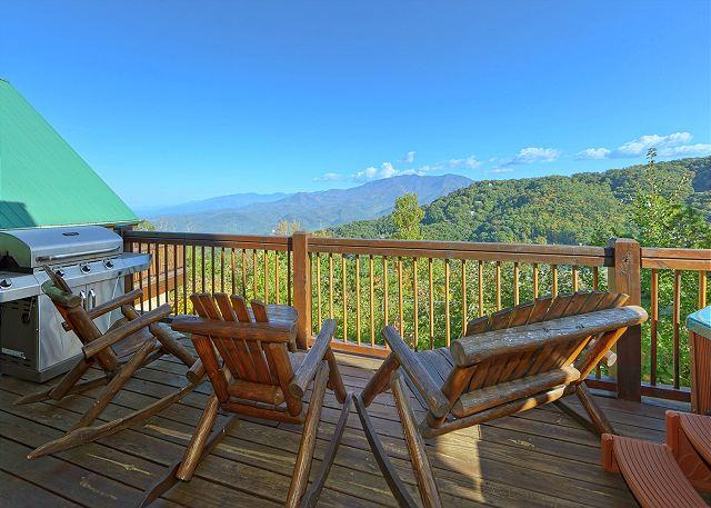 Bear Pause #378- Mountain View from the Cabin - Gatlinburg Luxury Cabin Spectacular Views Bear Pause 378 - Gatlinburg - rentals